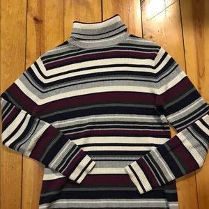 Retro striped turtleneck